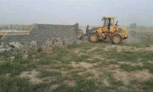 تخریب ساخت و ساز های غیرمجاز در زمین های کشاورزی شوش