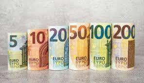 نرخ طلا و ارز؛ یورو ۱۷ هزار تومان +جدول
